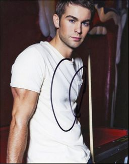 Chace Crawford Signed 8x10 Photo