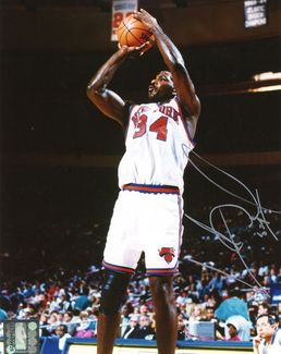 Charles Oakley Signed 8x10 Photo