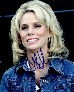 Cheryl Hines Signed 8x10 Photo - Video Proof