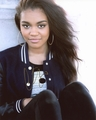 China Anne McClain Signed 8x10 Photo