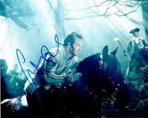 Chris Pine Signed 8x10 Photo