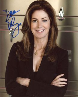 Dana Delany Signed 8x10 Photo