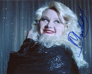 Danielle Macdonald Signed 8x10 Photo - Video Proof