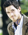 Dave Annable Signed 8x10 Photo