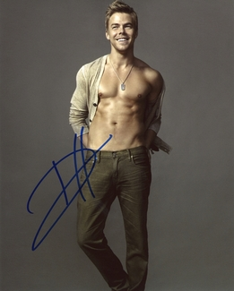 Derek Hough Signed 8x10 Photo