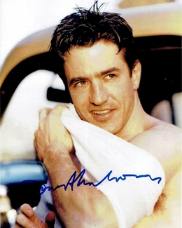 Dermot Mulroney Signed 8x10 Photo