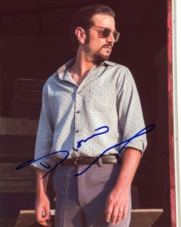 Diego Luna Signed 8x10 Photo - Video Proof