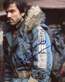 Diego Luna Signed 8x10 Photo