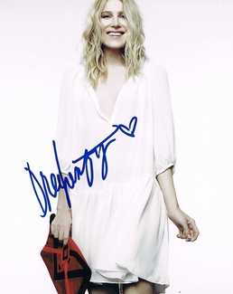 Dree Hemingway Signed 8x10 Photo - Video Proof