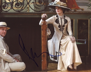 Elizabeth McGovern Signed 8x10 Photo - Video Proof
