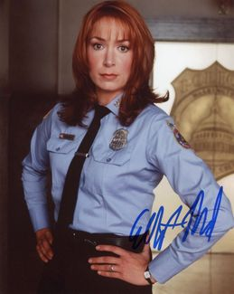 Elizabeth Marvel Signed 8x10 Photo