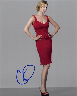 Emily VanCamp Signed 8x10 Photo - Video Proof