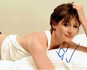 Emily Mortimer Signed 8x10 Photo