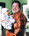 Eric Stonestreet Signed 8x10 Photo - Video Proof