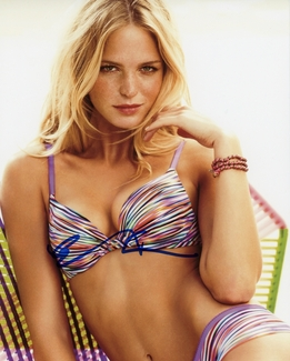 Erin Heatherton Signed 8x10 Photo