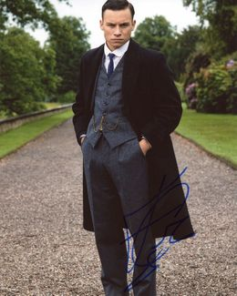Finn Cole Signed 8x10 Photo