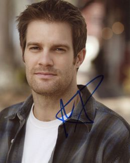Geoff Stults Signed 8x10 Photo