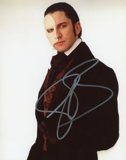 Gerard Butler Signed 8x10 Photo