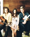 Gloriana Signed 8x10 Photo - Video Proof
