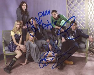 Gossip Girl Signed 8x10 Photo
