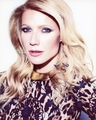 Gwyneth Paltrow Signed 8x10 Photo - Video Proof