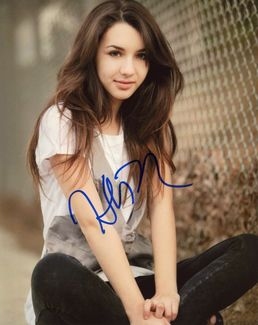 Hannah Marks Signed 8x10 Photo