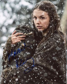 Hannah Murray Signed 8x10 Photo - Video Proof