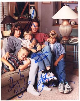 Home Improvement Signed 8x10 Photo