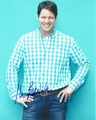 Ike Barinholtz Signed 8x10 Photo