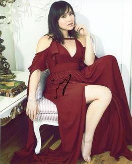 Ivory Aquino Signed 8x10 Photo
