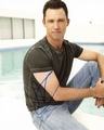 Jeffrey Donovan Signed 8x10 Photo