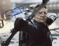Jeremy Renner Signed 8x10 Photo