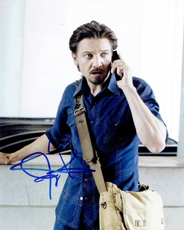 Jeremy Renner Signed 8x10 Photo - Video Proof