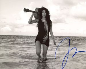 Jihae Signed 8x10 Photo