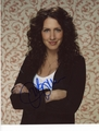 Joely Fisher Signed 8x10 Photo