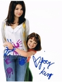 Joey King Signed 8x10 Photo - Video Proof
