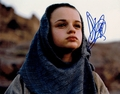 Joey King Signed 8x10 Photo