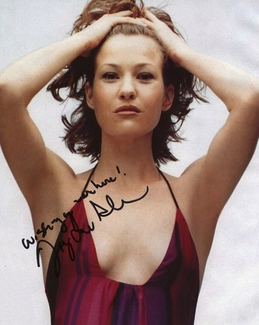 Joey Lauren Adams Signed 8x10 Photo