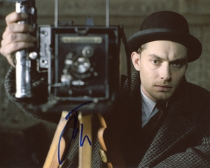Jude Law Signed 8x10 Photo - Video Proof
