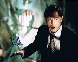 Ken Leung Signed 8x10 Photo - Video Proof