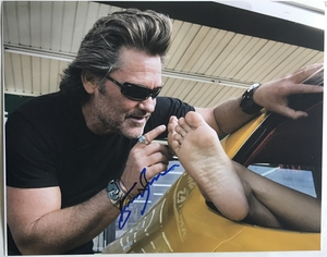 Kurt Russell Signed 11x14 Photo - Video Proof