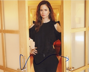 Katherine Waterston Signed 8x10 Photo