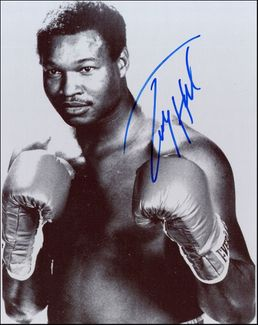 Larry Holmes Signed 8x10 Photo