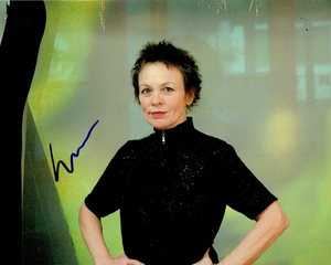 Laurie Anderson Signed 8x10 Photo