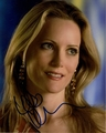 Leslie Mann Signed 8x10 Photo