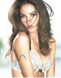 Lily Aldridge Signed 8x10 Photo