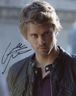 Luke Mitchell Signed 8x10 Photo