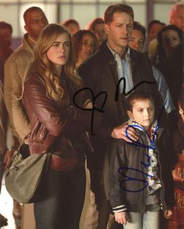 Melissa Roxburgh & Josh Dallas Signed 8x10 Photo