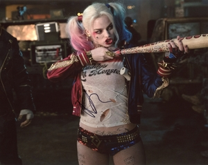 Margot Robbie Signed 8x10 Photo - Video Proof