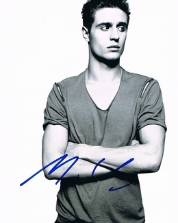 Max Irons Signed 8x10 Photo - Video Proof